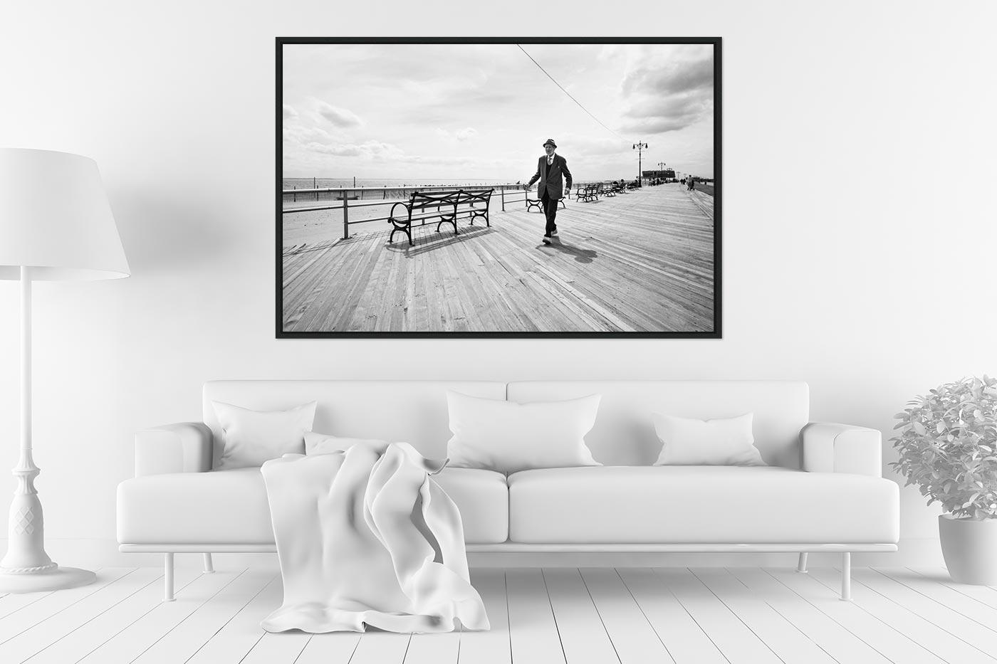 Caisse americaine 80x120 Coney Island Man